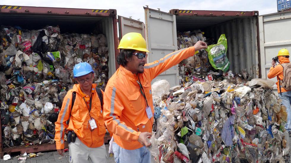 """RT: """"Baaaaaaa baj, dobro olakšanje"""": Filipini poslali hiade tona smeća nazad u Kanadu"""
