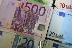 Швајцарски франак скочио према евру за више од пола процента
