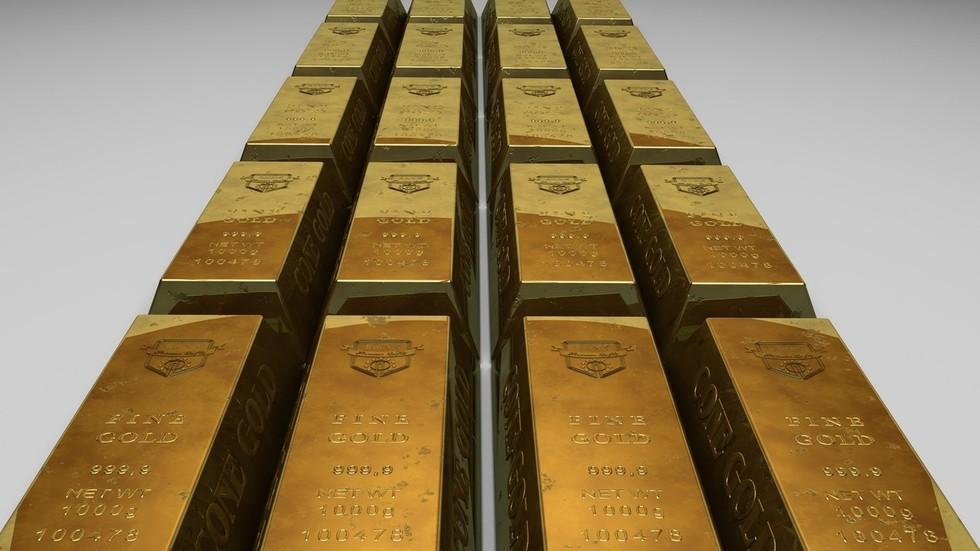 РТ: Низ пут од жуте цигле: Кина купује злато удаљавајући се од долара док трговински рат са САД-ом ескалира
