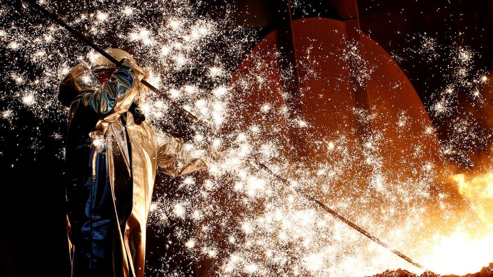 РТ: Русија ће оживети главну нигеријску челичану, напуштену деценијама