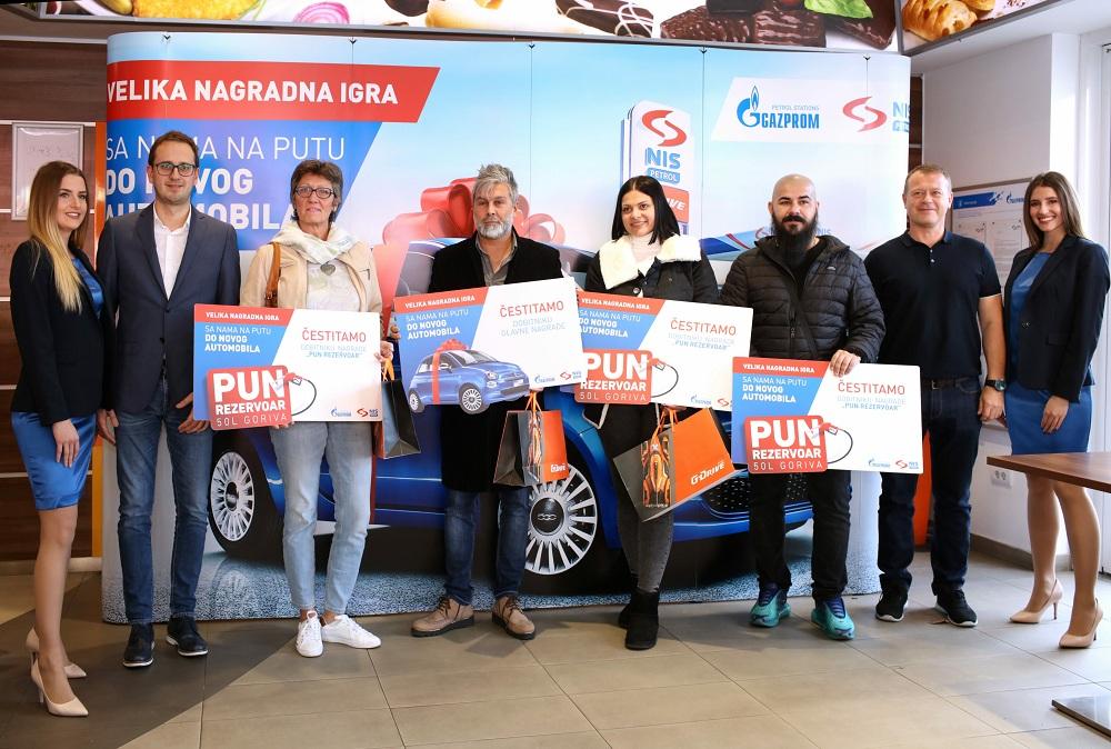 """Dobitnici prvog kola nagradne igre """"Sa nama na putu do novog automobila"""" kompanije NIS"""