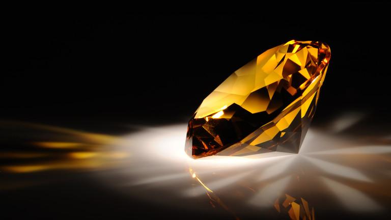 РТ: Русија би ускоро могла постати највећи светски произвођач обојених дијаманата