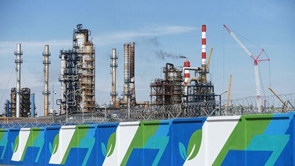 """Шеф """"Газпром њефта"""": Ниске цене нафте ће помоћи побољшању тржишта и уклањању пројеката са високим трошковима"""