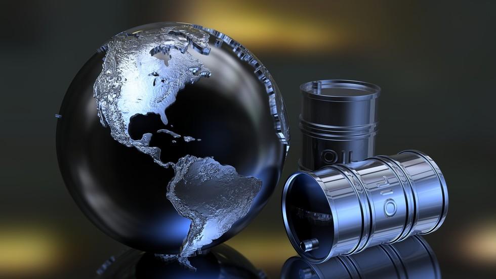 RT: Članovi OPEK+ postigli sporazum o smanjenju proizvodnje nagfte za skoro 10 miliona barela dnevno