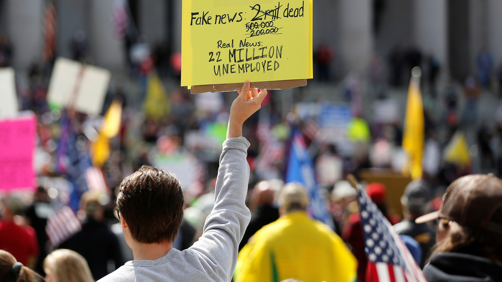 РТ: Стопа незапослености у САД-у би могла достићи 20%