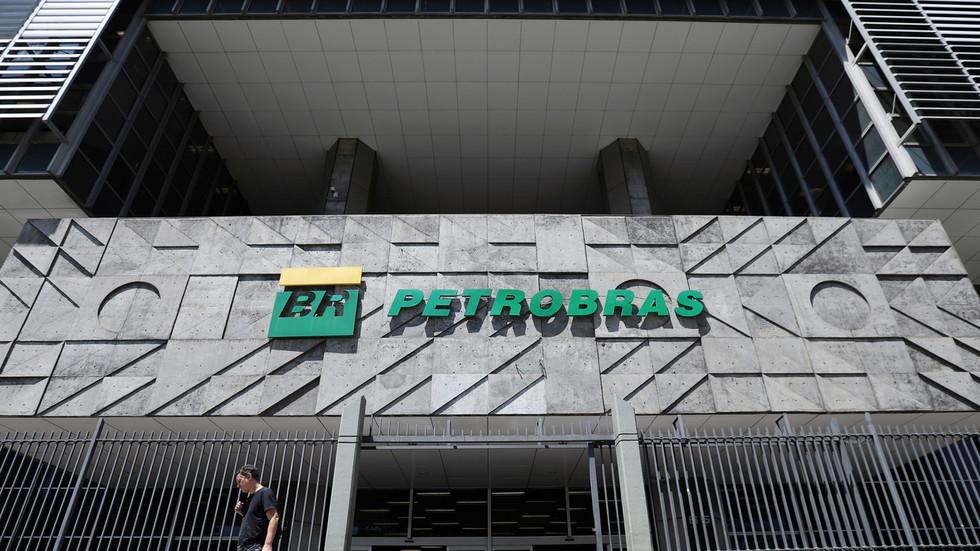 """RT: Brazilski """"Petrobras"""" neće angažovati tankere, koji išči za Venecuelu dok SAD nastoje da pooštre sankcije"""