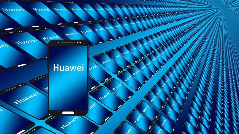 """РТ: Кинески """"Хуавеи"""" највећи светски произвођач паметних телефона"""