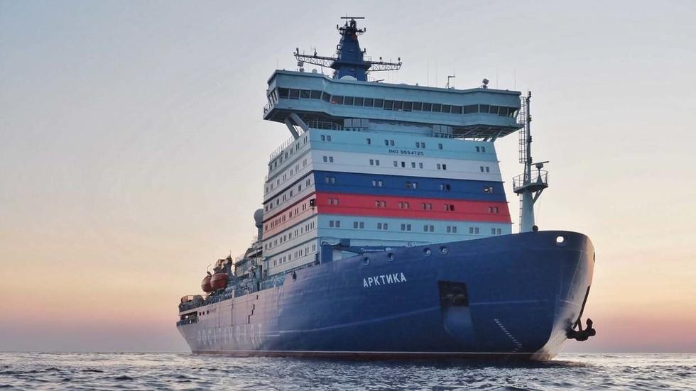 РТ: Највећи и најмоћнији нуклеарни ледоломац на свету придружио се Aрктичкој флоти Русије