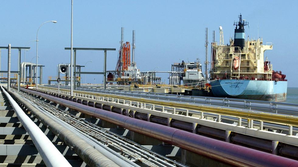 RT: Venecuela nastavlja da prodaje naftu Kini uprkos američkim sankcijama
