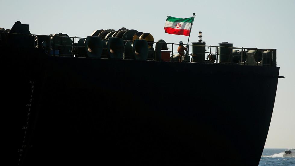 РТ: Иран послао до сада највећу флотилу танкера нафте у Венецуелу, пркосећи америчким санкцијама - извештај