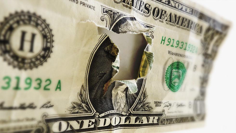 РТ: Дедоларизација у замаху: Русија и Кина повећaле трговину у националним валутама на 25%