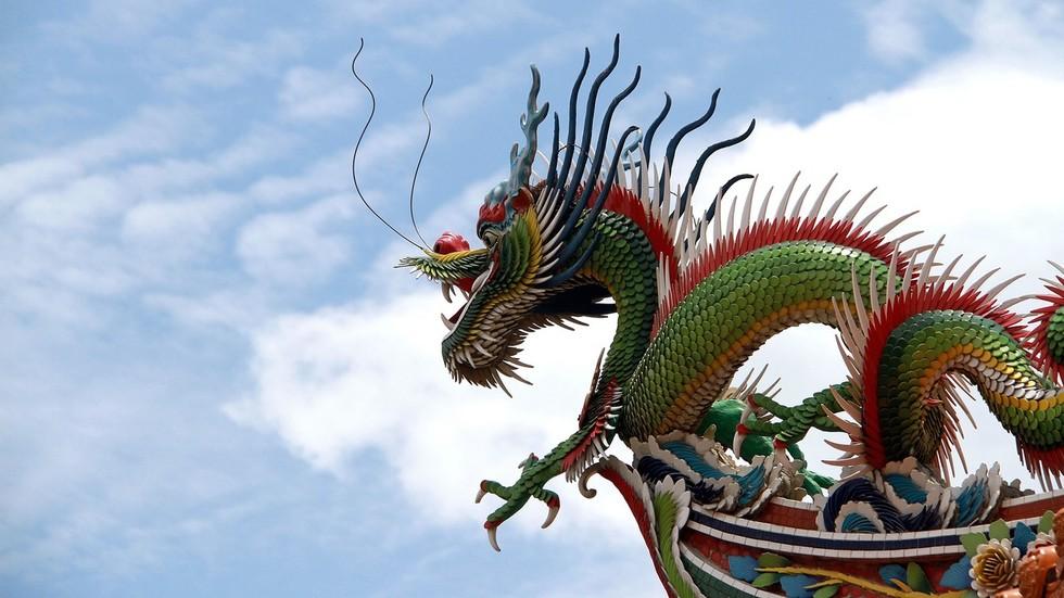 РТ: Кина би могла срушити САД као највећу светску економију пре него што се очекивало