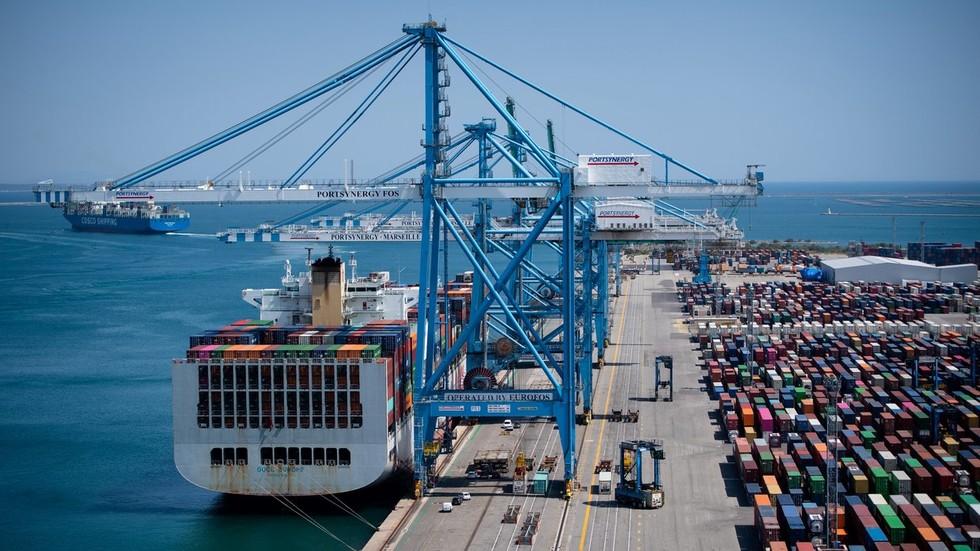 РТ: Кина превазишла САД као највећег европског трговинског партнера у прошлој години