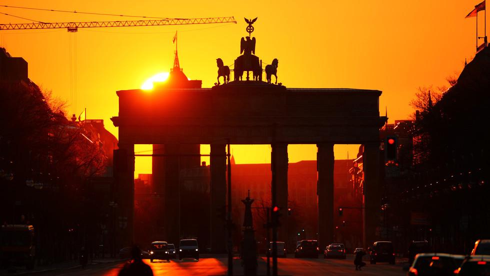 РТ: Европска економија клизи у двоструку рецесију након новог таласа коронавируса