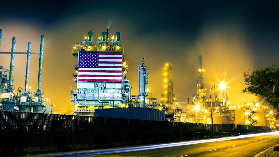 РТ: Извоз руске нафте у САД највећи у задњих 12 година, упркос сталним политичким тензијама