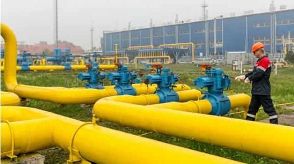 Русија ће наставити са транзитом гаса кроз Украјину