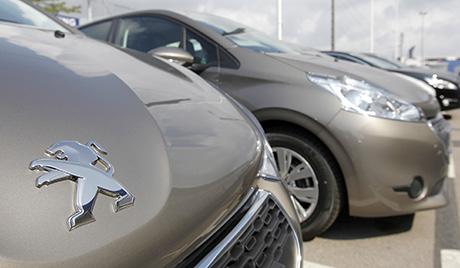 Рекоран пад продаје нових аутомобила у Франуској
