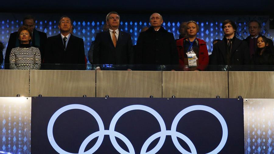 """RT: Putin dao naredbu za obaranje """"otetog"""" aiona tokom otvaranja Olimpijade u Sočiju, ali na sreću..."""
