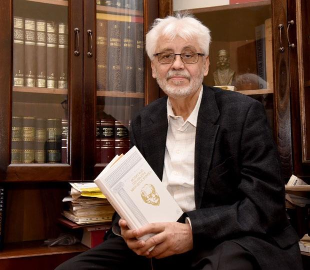 Милован Витезовић: Косово је србско док је србских песника