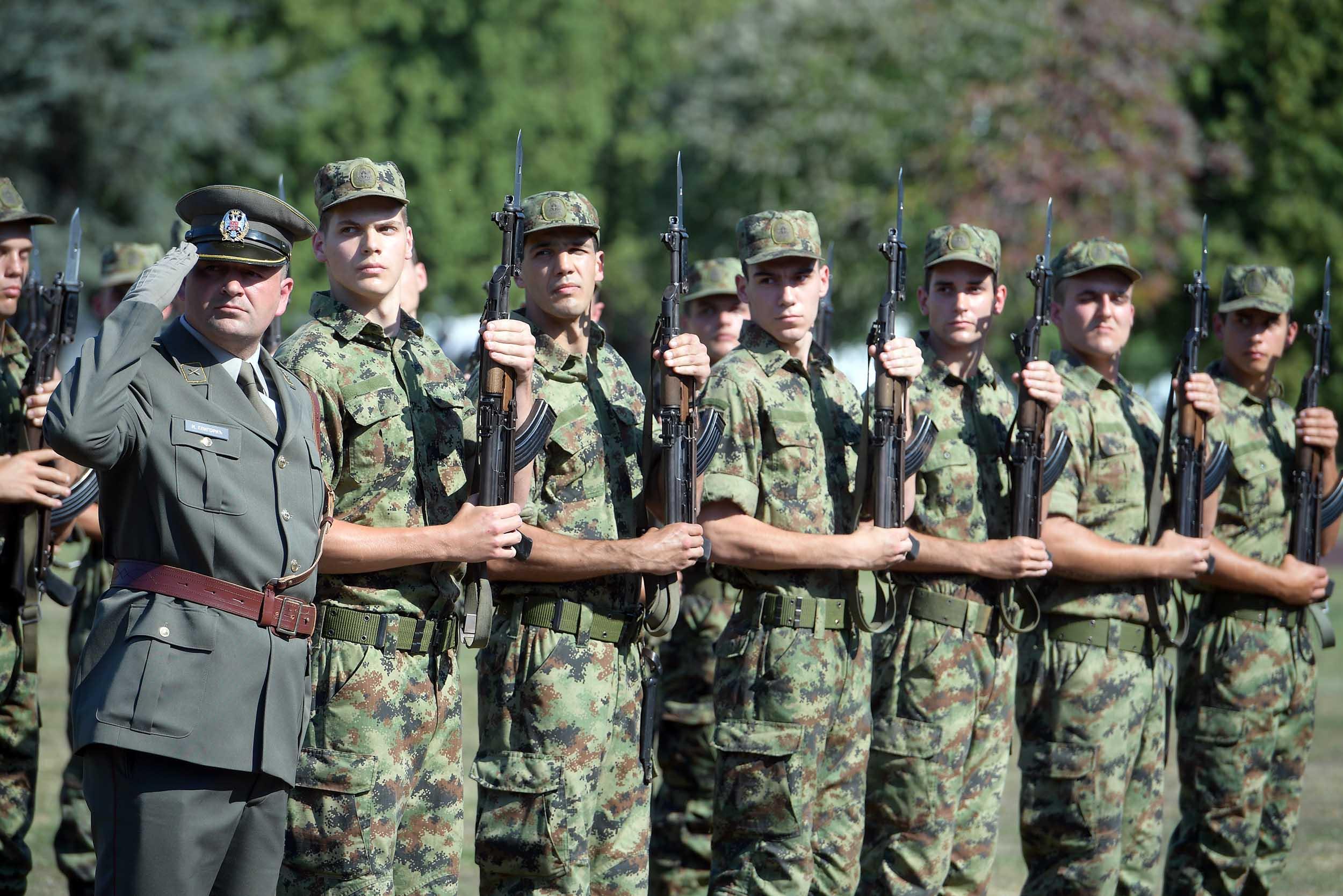 Начелник Генералштаба Војске Србије: Ја сам за обавезно служење војног рока
