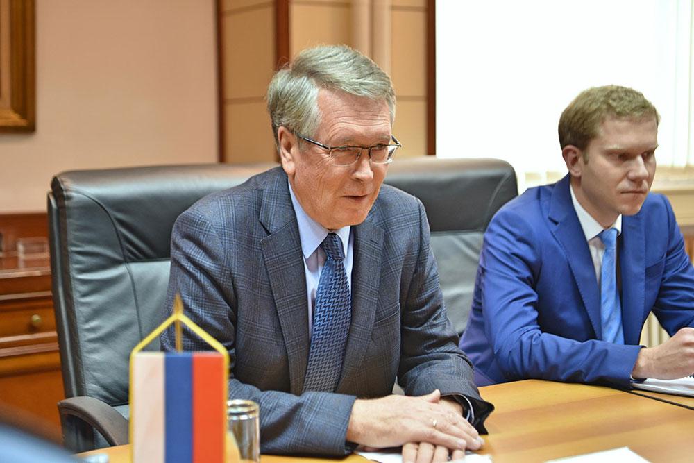 Чепурин: Заштити интересе Русије и Србије, а не задовољавати интересе Запада