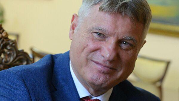Лазански: Сваки високи званичник ЕУ који дође у Србију говори да треба ускладити политику са ЕУ по питању санкција Русији