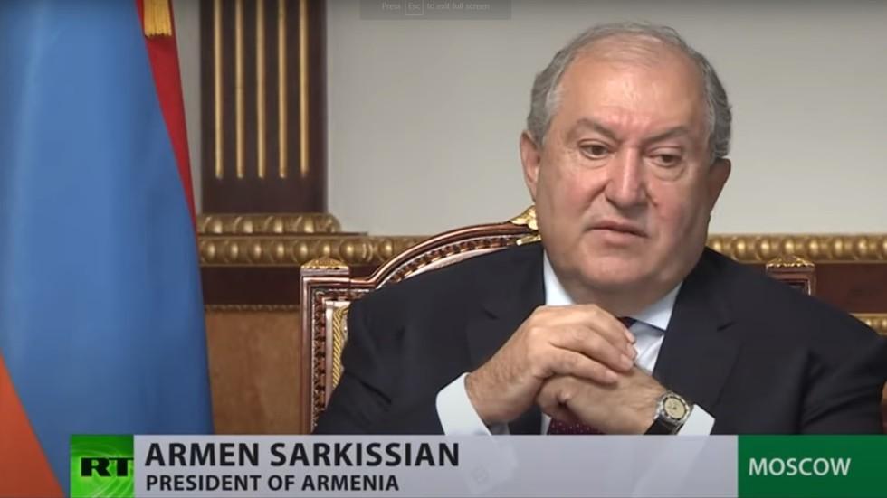 """RT: """"Ne treba zaboraviti ko je započeo ovu fazu rata"""": Jermenski predsednik o sukobu oko Nagorno-Karabaha u intervjuu za RT"""