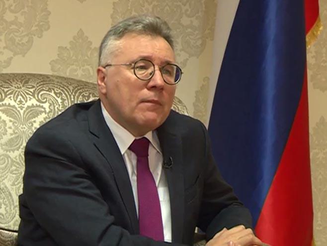 Калабухов: Не планирамо сарадњу са Шмитом, јер га не сматрамо високим представником