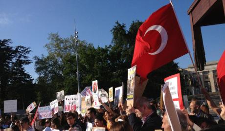 Протести у Турској: да ли ће се војска умешати?