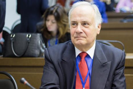 Конузин: Срба у Србији има, али нема јединства