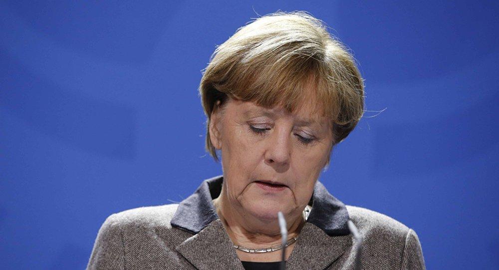 Меркелова изгубила контакт с реалношћу