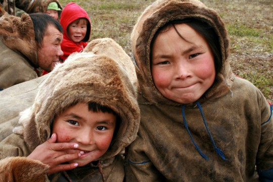 Обданиште на ирвасима: Како номади у Сибиру спремају децу за школу?
