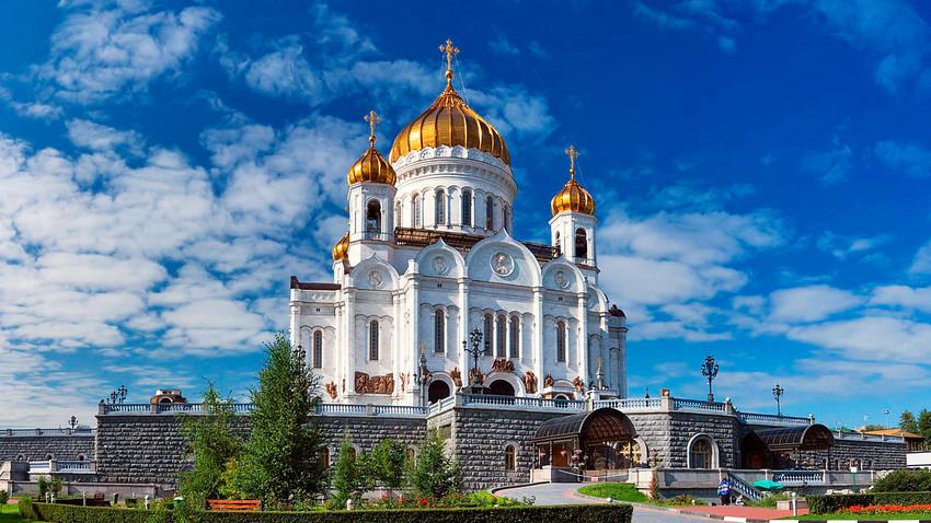 Срушен, па подигнут из пепела: Храм Христа Спаситеља у Москви