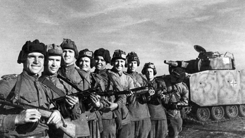 Kako je Hitler izgubio Kursku bitku i poslednju nadu da može pobediti u Drugom svetskom ratu