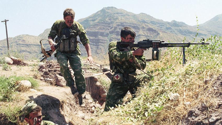 """""""Црни уторак"""": Како су се руски граничари херојски сукобили са терористима 1993. године"""