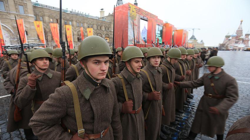 Bitka za Moskvu: Da li je ruska zima najviše doprinela prvom Hitlerovom porazu?