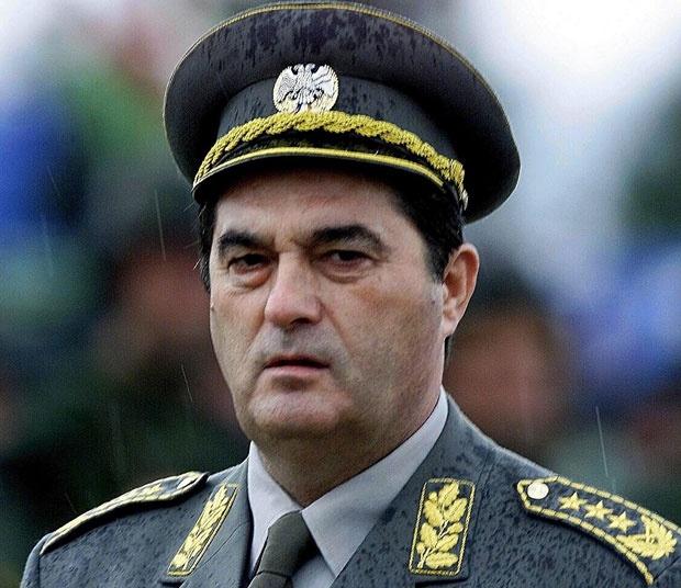 General Pavković: Stali smo na branik zemlje i hrabro se suprotstavili nepobedivoj sili koja nije poštovala ni pravo, a ni Božije zakone