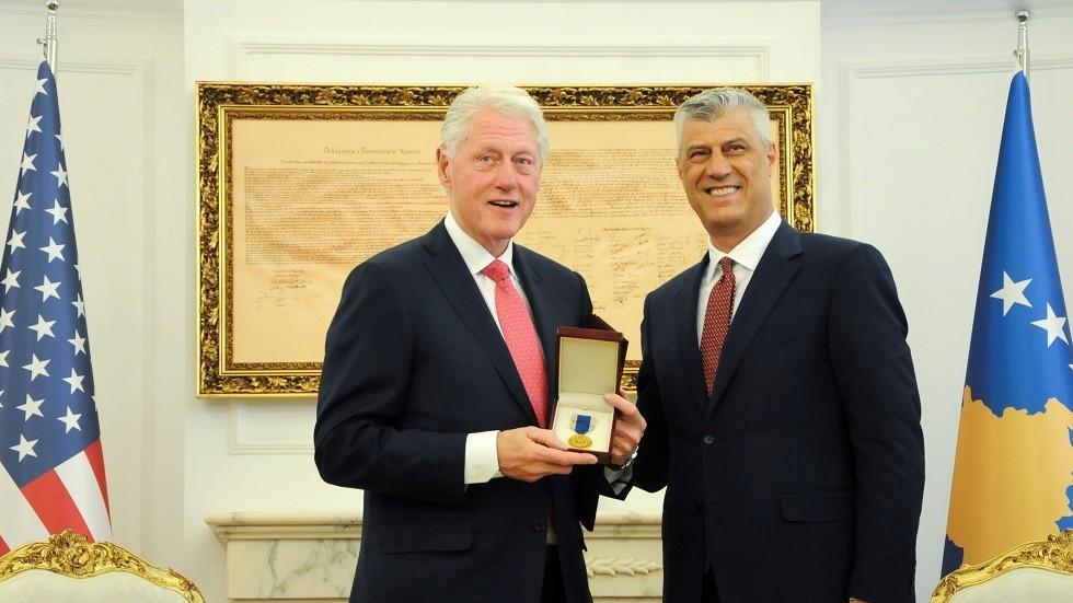 РТ: Идолопоклонство албанских милитаната Клинтону и Олбрајтовој