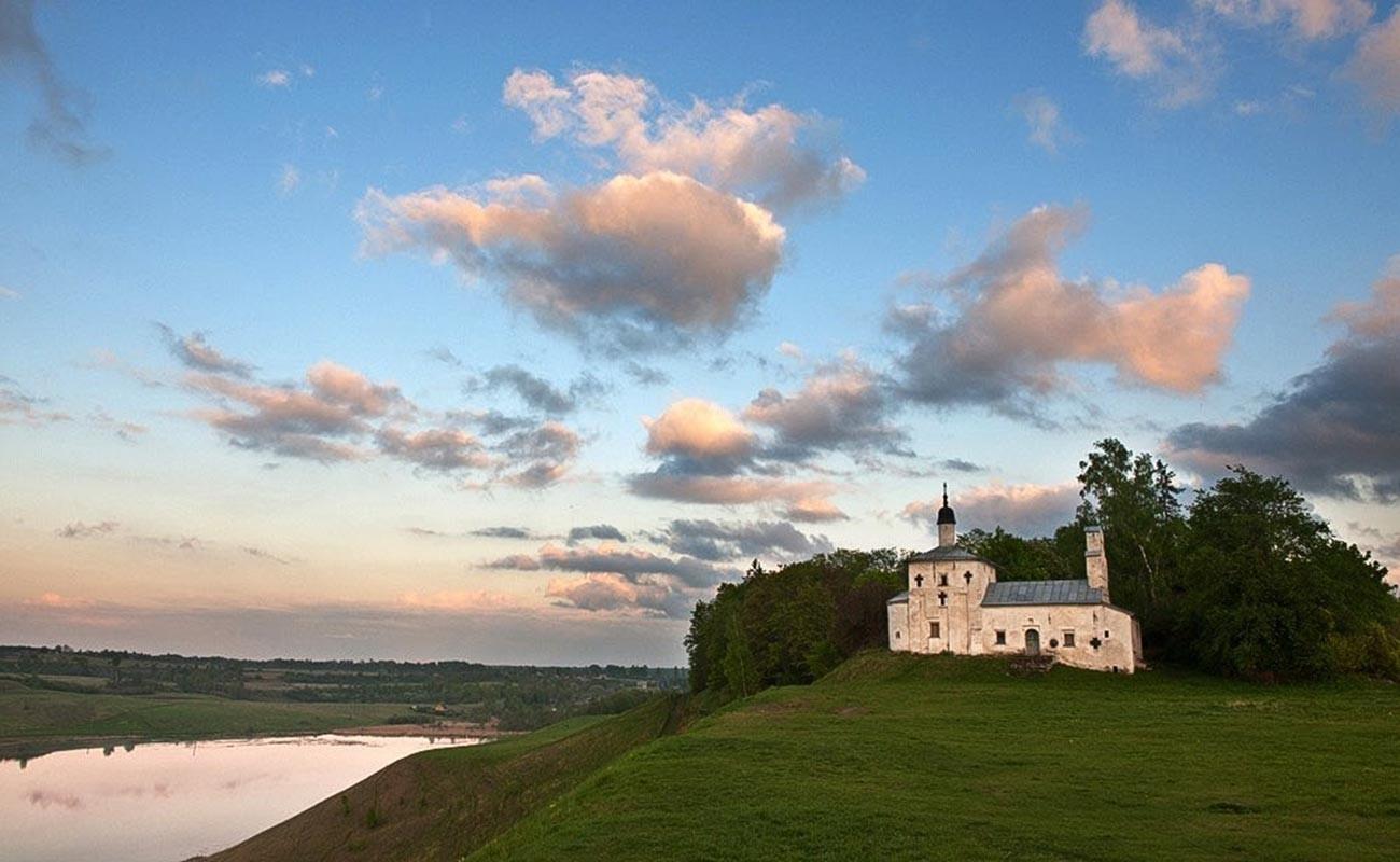 Izborsk, tvrđava koja je spasla Rusiju