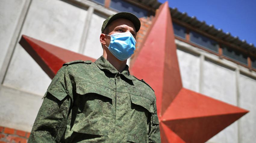 Зашто Русија не одустаје од редовног служења војног рока