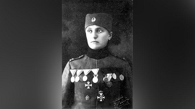 Наталија Бјелајац, славом овенчана
