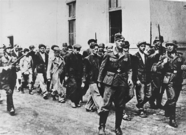 Kako su streljanje u Kragujevcu preživeli vajar Koka Janković, slikarka Olja Ivanjicki i glumci Mija Aleksić, Vasa Pantelić i Ljuba Tadić