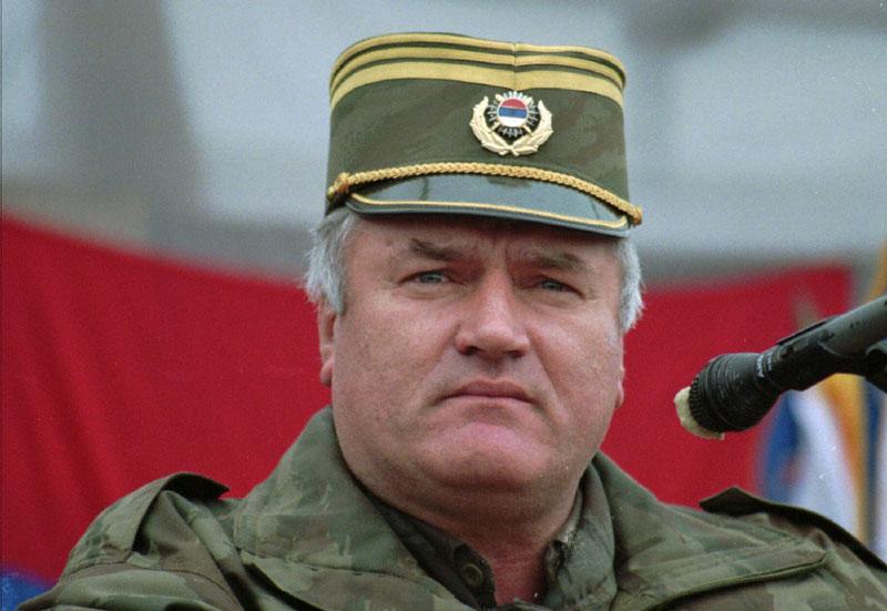 Хорватский генерал принял яд в Гаагском трибунале