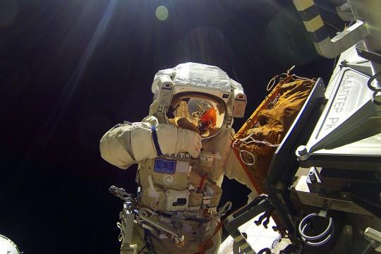 Космички лекови: Како излечити човека у безваздушном простору?