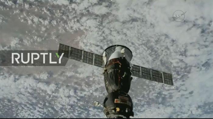 РТ: Повратак посаде Међународне космичке станице - УЖИВО