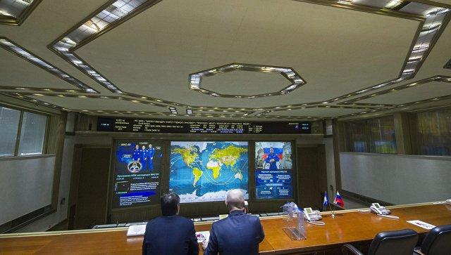 Комерсант: Запослени у Роскомосу оптужено за преношење тајних података једној од НАТО земаља