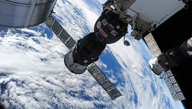 """Москва ће предложити Вашингтону заједничку космичку шетњу ради провере """"Сојуза"""""""