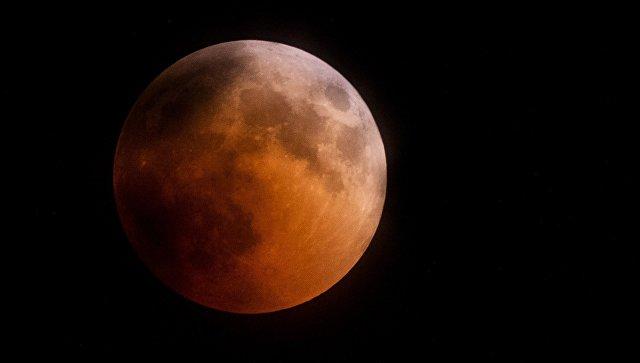Rogozin: Rusija planira da napravi dugotrajnu bazu na površini Meseca