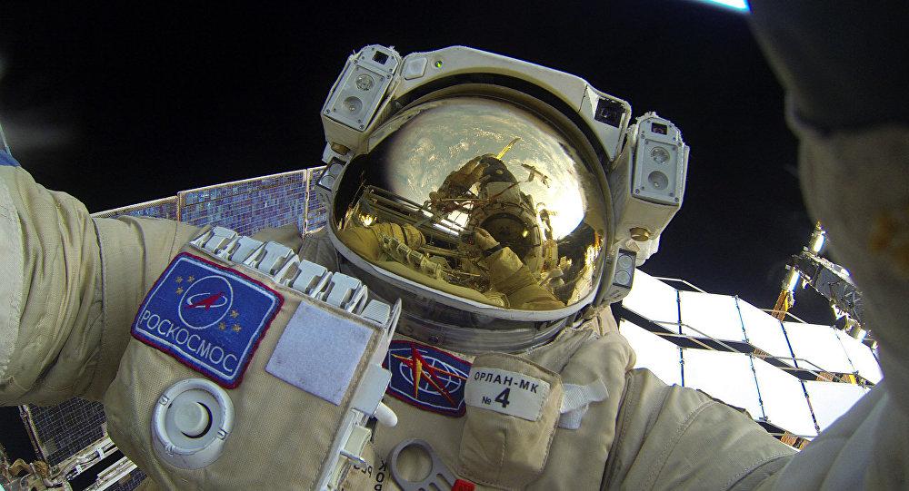 Русија развија нови космички скафандер