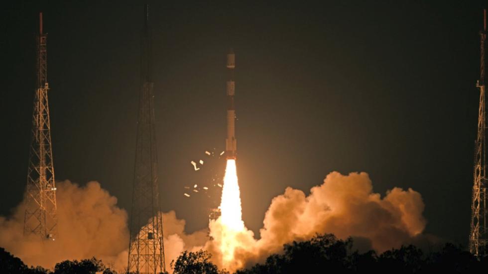 """""""Наше очи на небу"""": Индија лансирала сателит за контролу граница"""